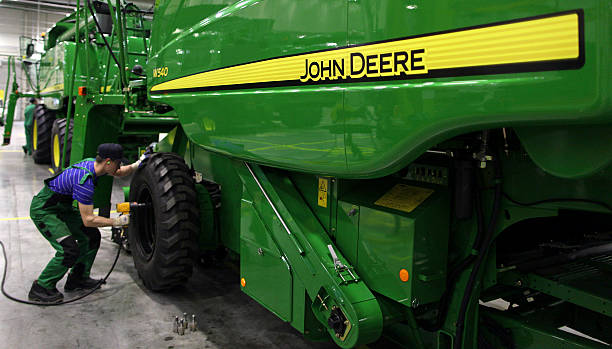John Deere Fastener : Production at a deere co john tractor plant