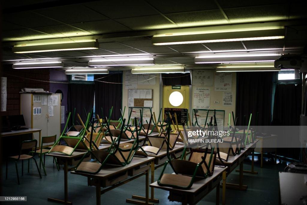 FRANCE-HEALTH-VIRUS-SCHOOL-EDUCATION : News Photo