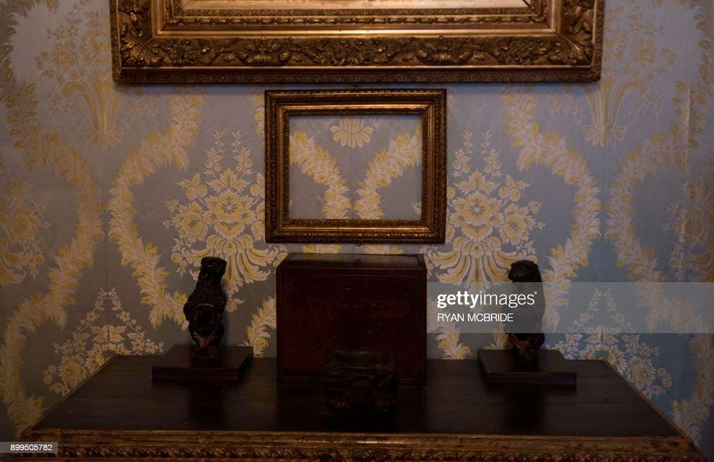An empty frame at the Isabella Stewart Gardner Museum on December 27 ...