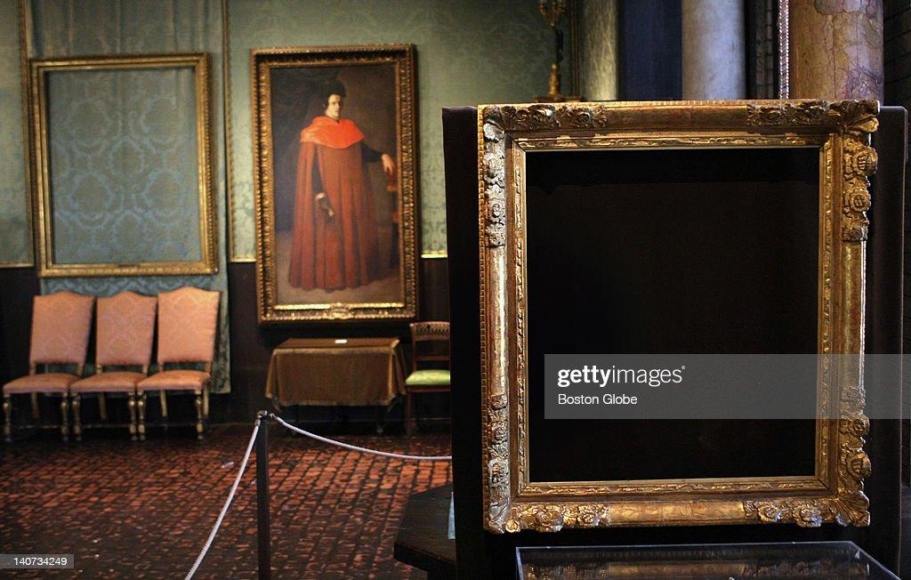 Empty Frames At The Isabella Stewart Gardner Museum Pictures | Getty ...