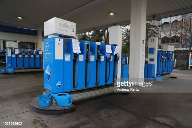 An empty gas station with signs unfortunately currently sold out is pictured on November 25 2018 in Bonn Germany Due to the low water levels on the...
