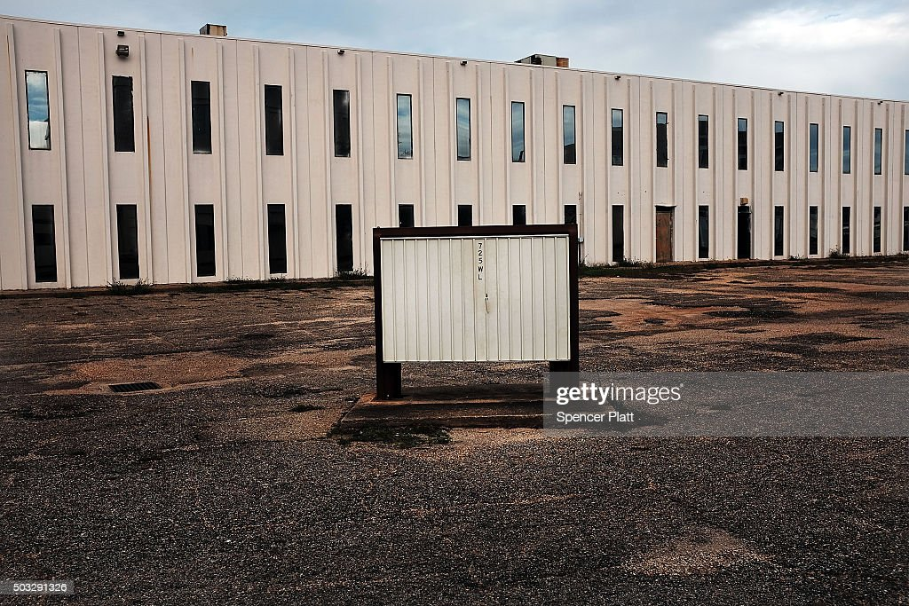 An Empty Office Building Sits Downtown On January 3 2016 In Biloxi News Photo Getty Images