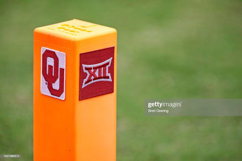Baylor v Oklahoma : News Photo