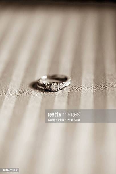 an engagement ring - white gold stock pictures, royalty-free photos & images