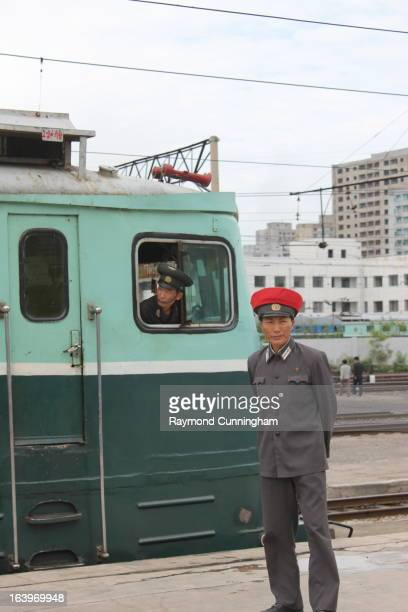 CONTENT] An engineer and flagman at Pyongyang's main station