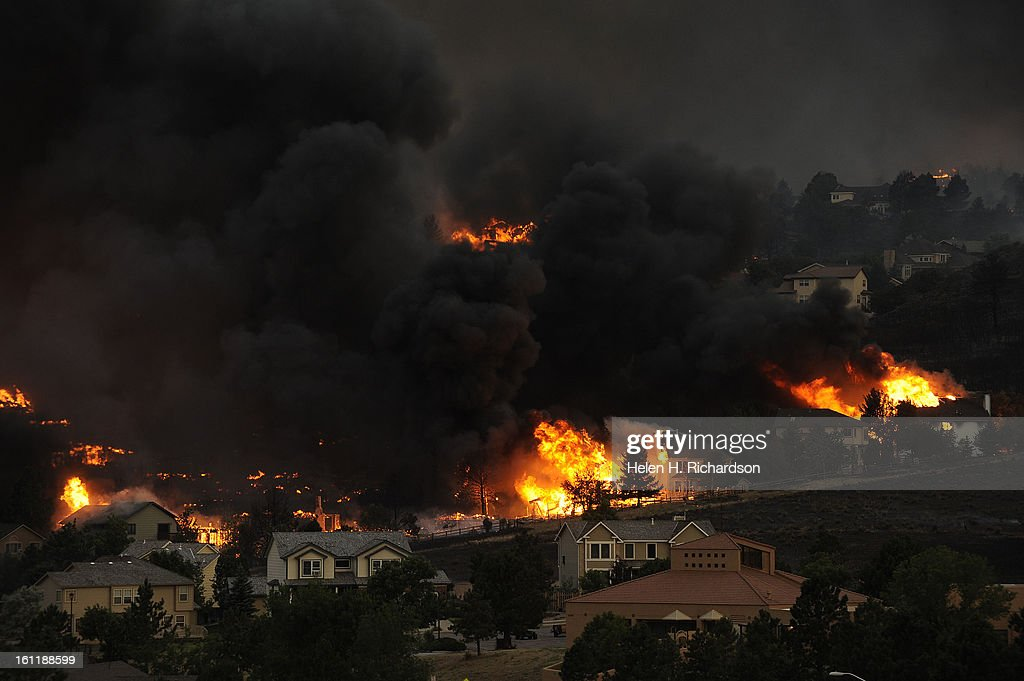 An entire neighborhood burns near the foothills of Colorado