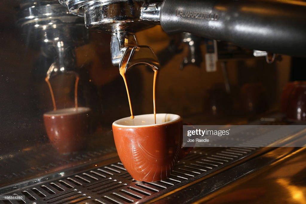 National Coffee Day Celebrates 100 Million US Coffee Drinkers : News Photo