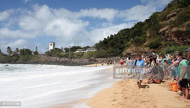 An estimated 15000 people line Waimea Bay at watch The Quiksilver in Memory of Eddie Aikau at Waimea Bay on February 25 2016 in Waimea Hawaii