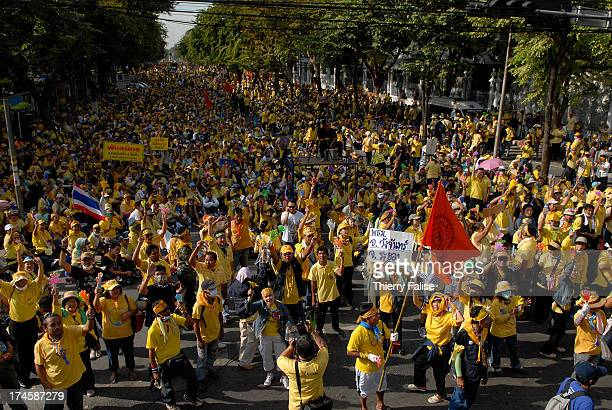 An estimated crowd of 10000 members of the People's Alliance for Democracy a coalition opposed to the Thai government demonstrate around Parliament...
