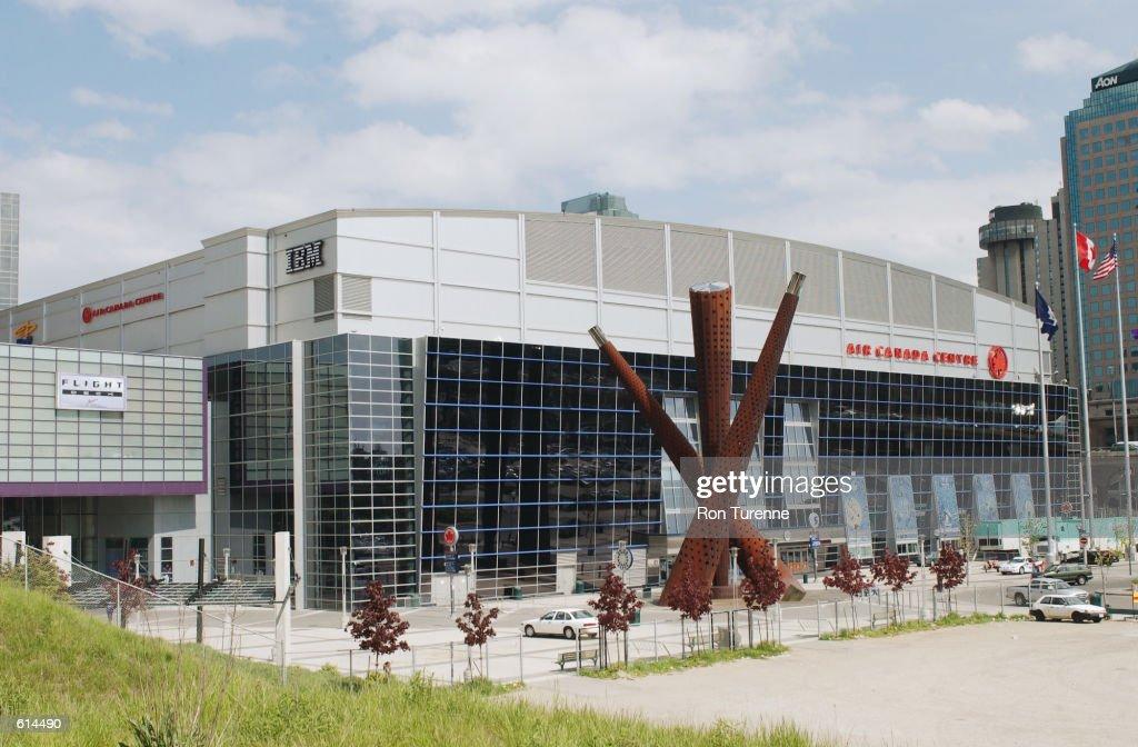 Exterior of Air Canada Centre : News Photo