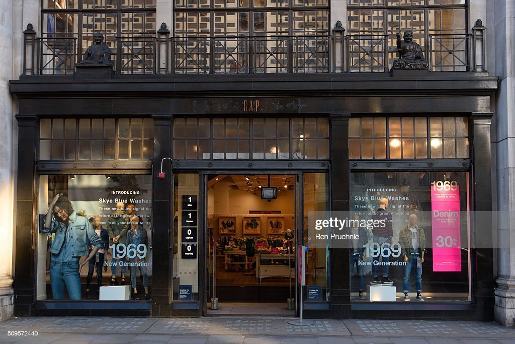 An Exterior View Of Fashion Retailer Gaps Regent Street Flagship Store On February 11 2016