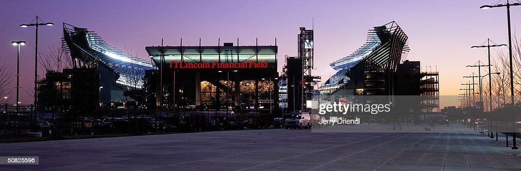 Cowboys v Eagles : News Photo