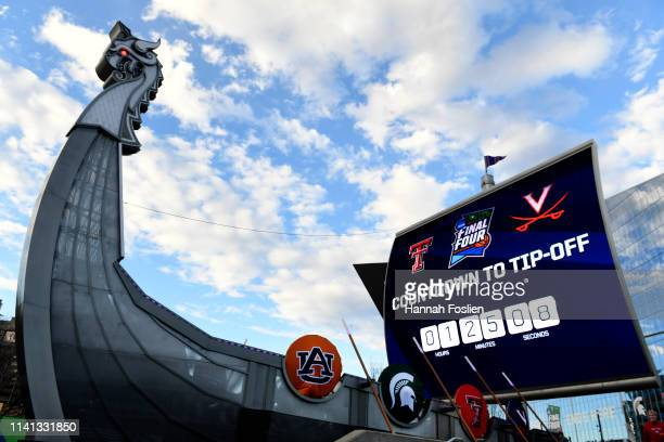 An exterior view of US Bank Stadium prior to the 2019 NCAA men's Final Four National Championship game between the Virginia Cavaliers and the Texas...