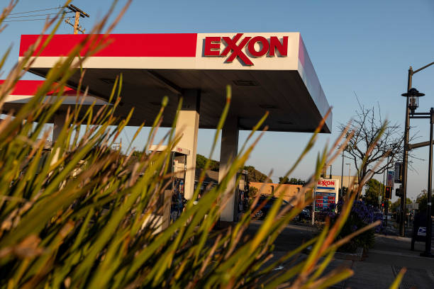 CA: Exxon Gas Stations Ahead Of Earnings Figures