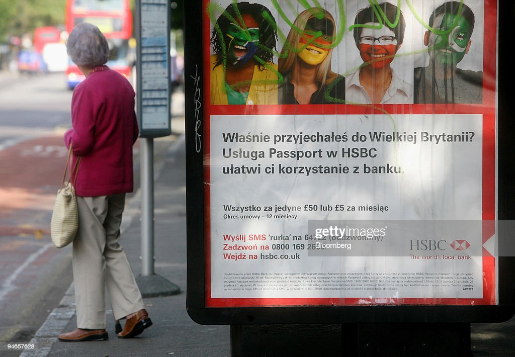 An HSBC advertisement in Polish seen at a bus stop in London