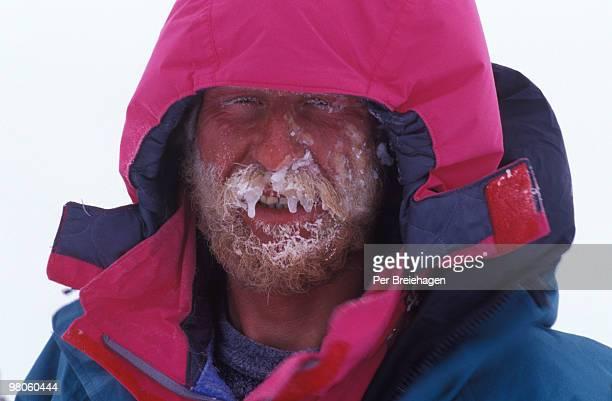 an icy beard - 南極大陸探検 ストックフォトと画像