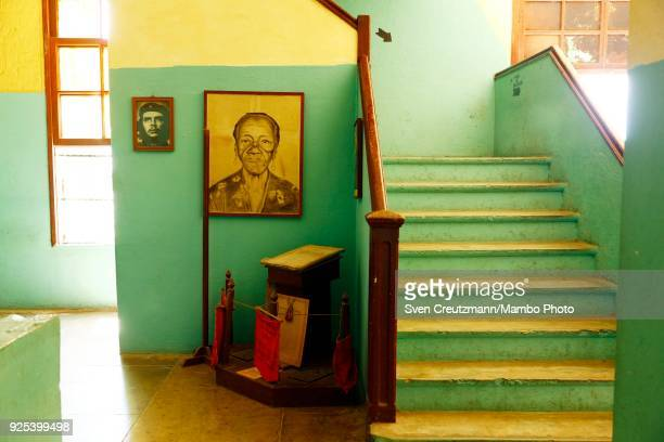 An image of Che Guevara hangs in the Despalillo factory in the Western province of Pinar del Rio in San Juan y Martinez on February 27 2018 Cuba...