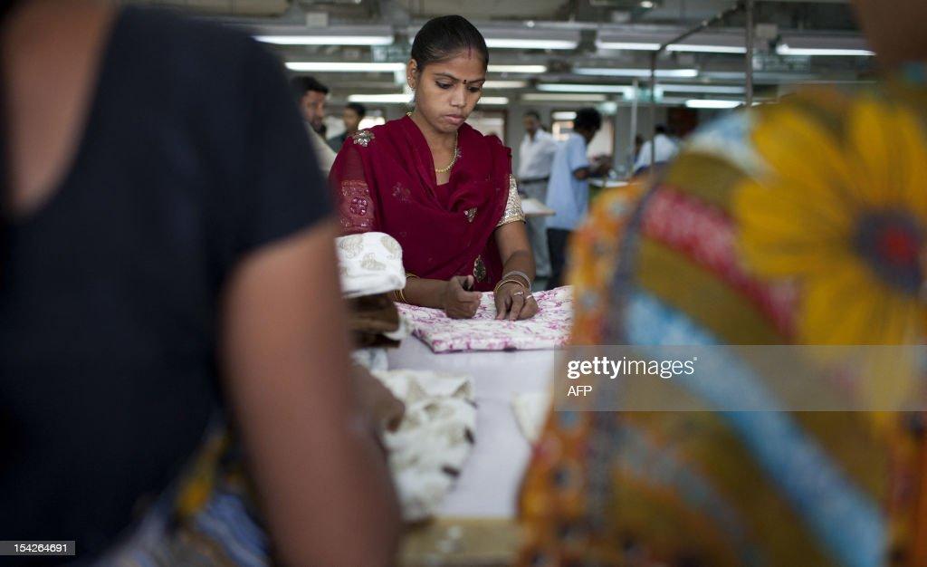 INDIA-ECONOMY-MANUFACTURING-CLOTHING : News Photo