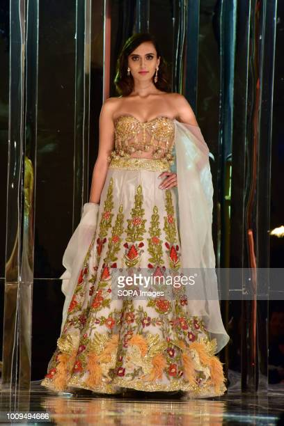 2 038 Manish Malhotra Fashion Designer Photos And Premium High Res Pictures Getty Images