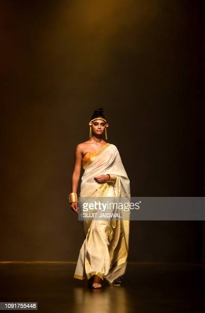 31 552 Lakme Fashion Week Photos And Premium High Res Pictures Getty Images