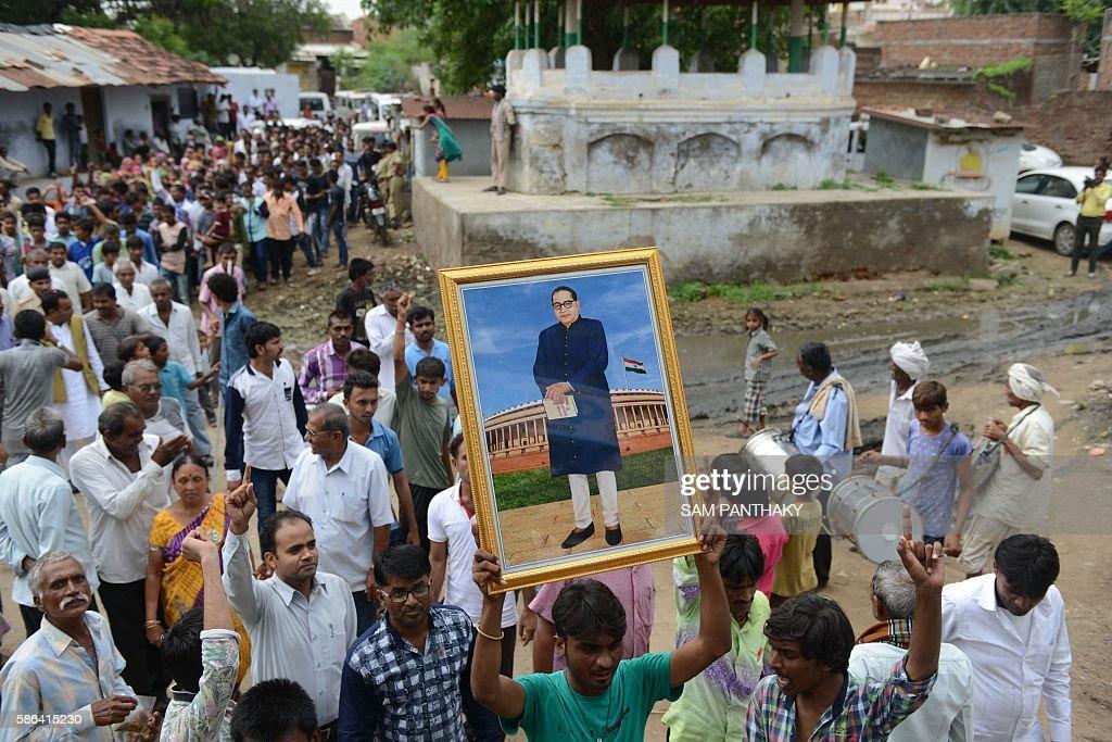 INDIA-CRIME-CASTE-DALIT : News Photo