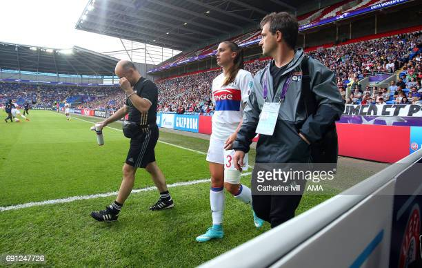 An injured Alex Morgan of Olympique Lyonnais leaves the pitch during the UEFA Women's Champions League Final match between Lyon and Paris Saint...