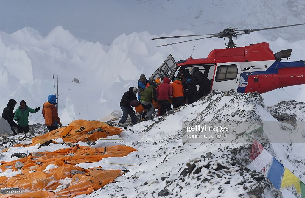 NEPAL-EVEREST BASE CAMP-AVALANCHE : News Photo