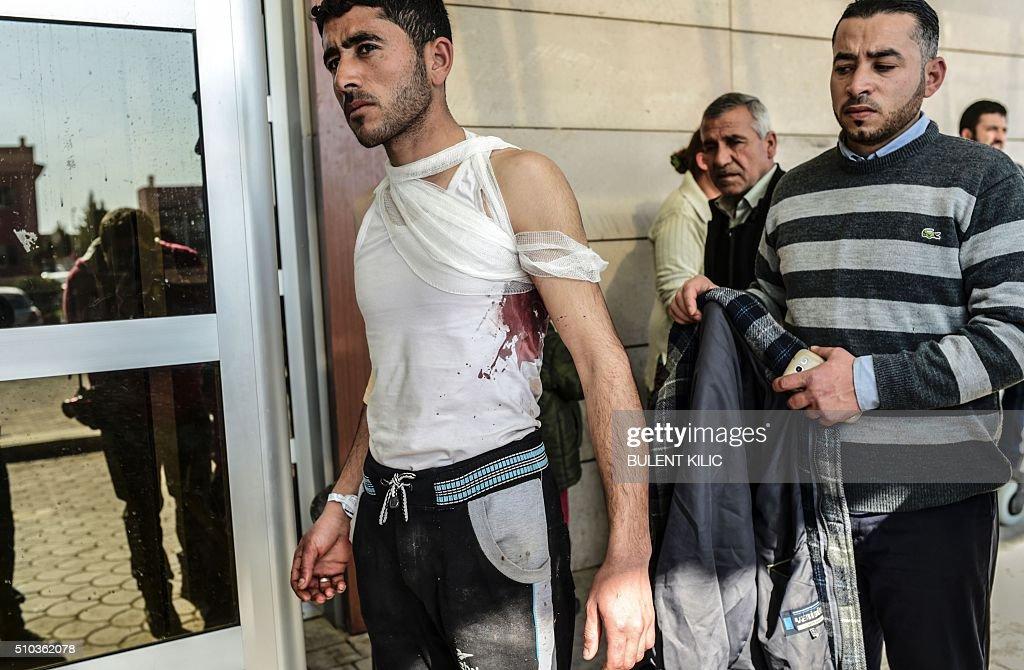 TOPSHOT-TURKEY-SYRIA-REFUGEES-UNREST : Fotografía de noticias