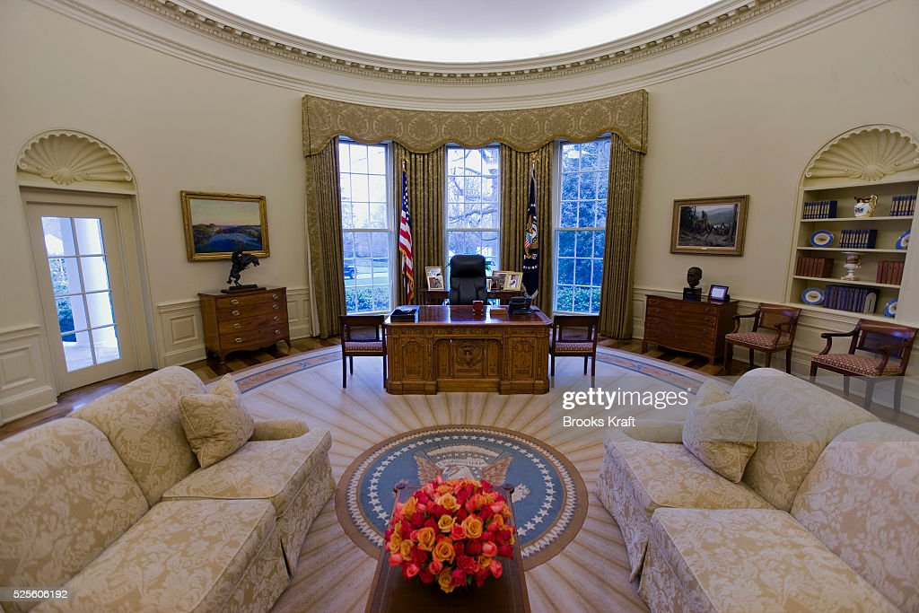 An Intererior View Of The Oval Office When Empty At The White House During  The George