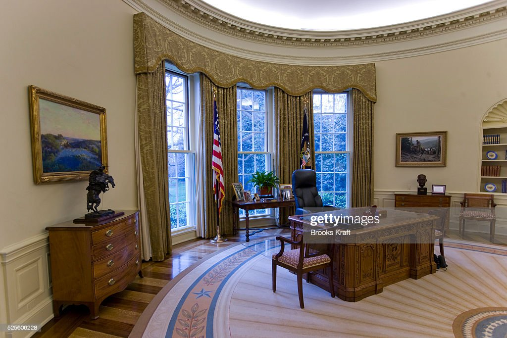bush oval office. An Intererior View Of The Oval Office When Empty At White House During George Bush