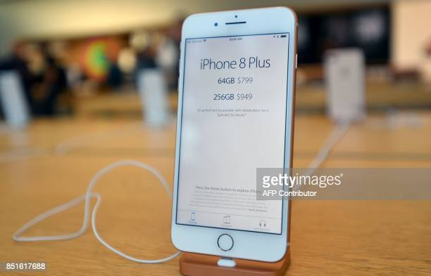 An iPhone 8 Plus is seen on display at an Apple store in San Francisco California on September 2017 / AFP PHOTO / Josh Edelson