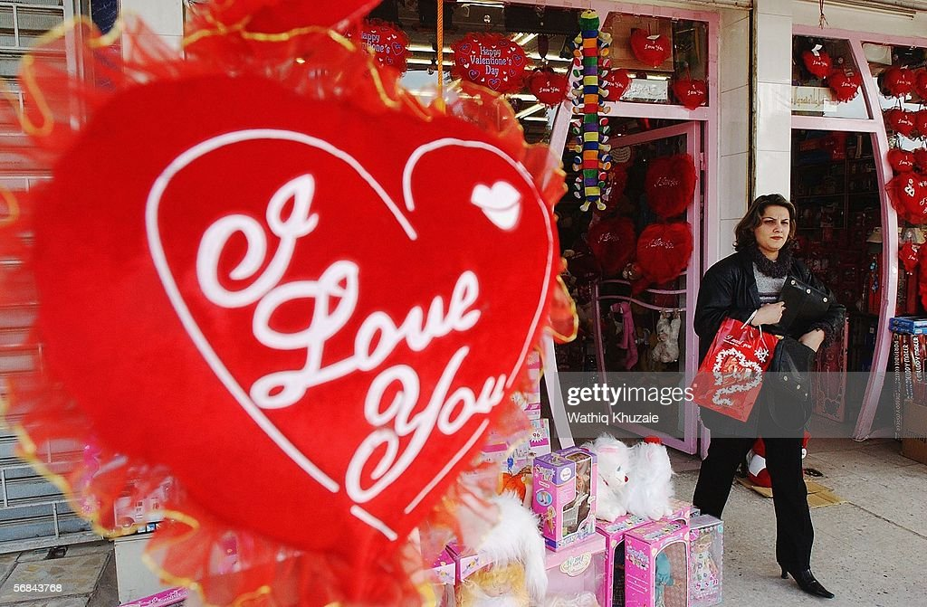 iraqis celebrate st. valentine's day in baghdad photos and images, Ideas