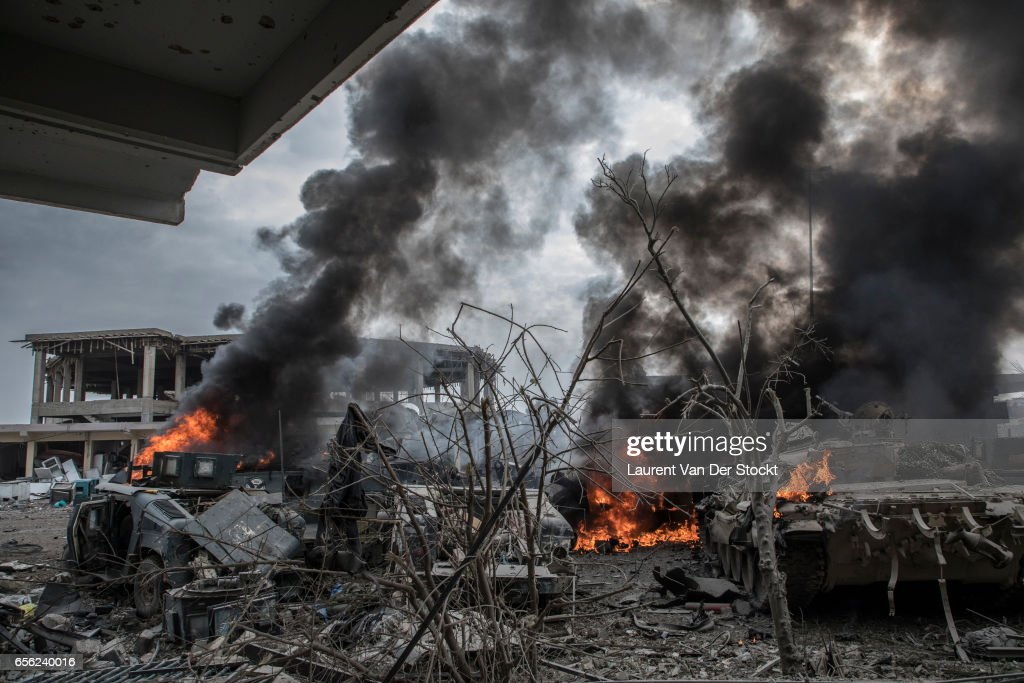 Suicide Car Bomber Strikes Iraqi Forces in Mosul : News Photo