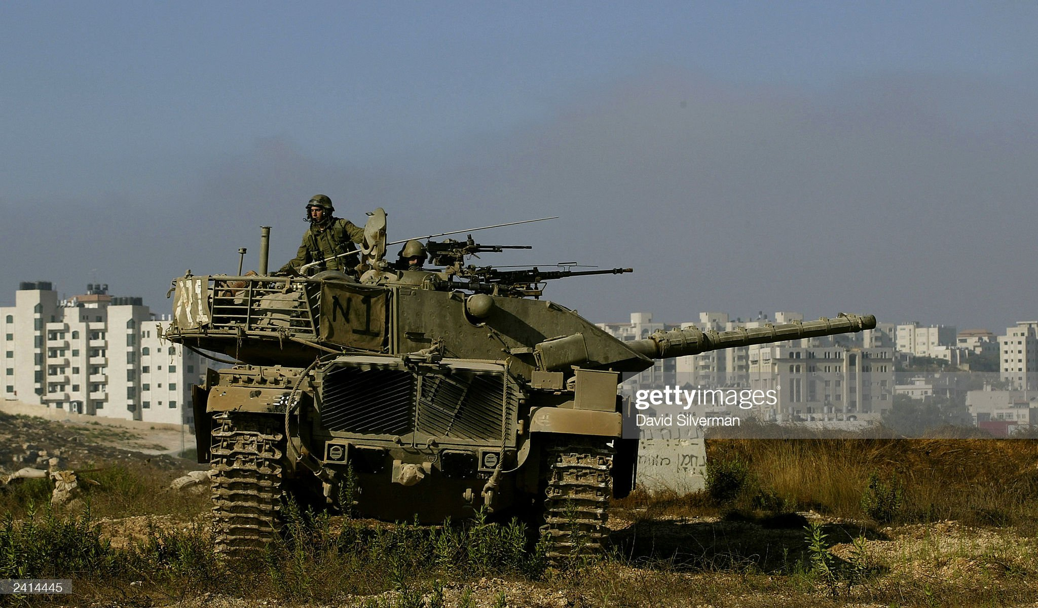 https://media.gettyimages.com/photos/an-israeli-army-merkava-tank-is-deployed-august-21-2003-hours-after-picture-id2414445?s=2048x2048
