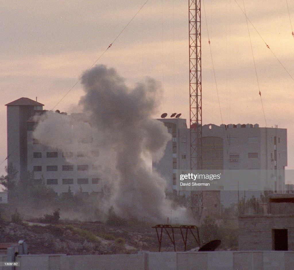 Israelis Retaliate for Soldiers Death : Photo d'actualité