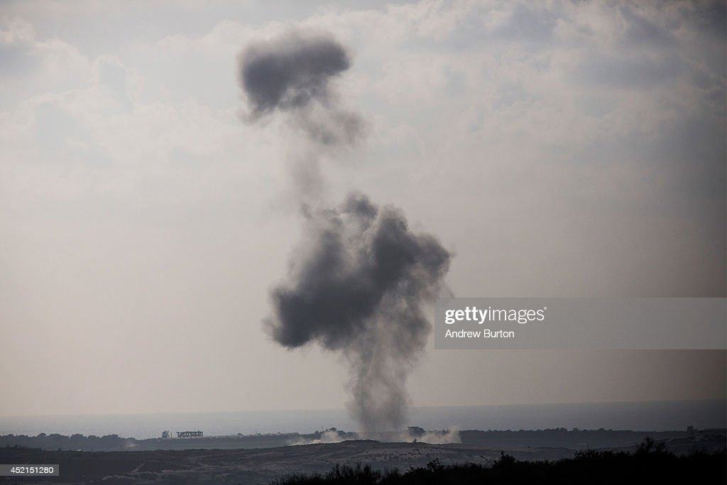 Tensions Remain High At Israeli Gaza Border : News Photo