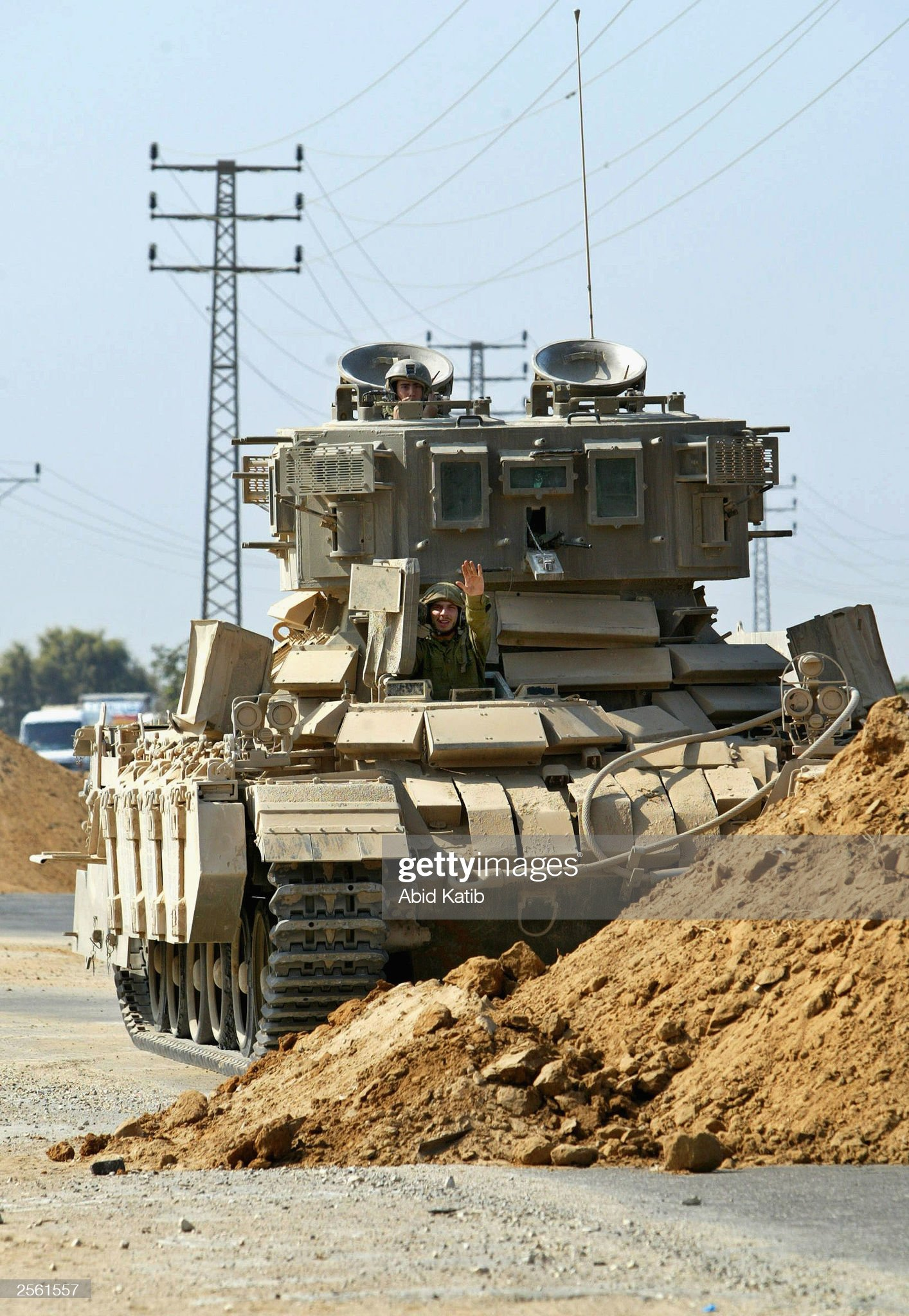 https://media.gettyimages.com/photos/an-israeli-tank-blocks-off-a-road-near-the-jewish-settlement-of-5-picture-id2561557?s=2048x2048