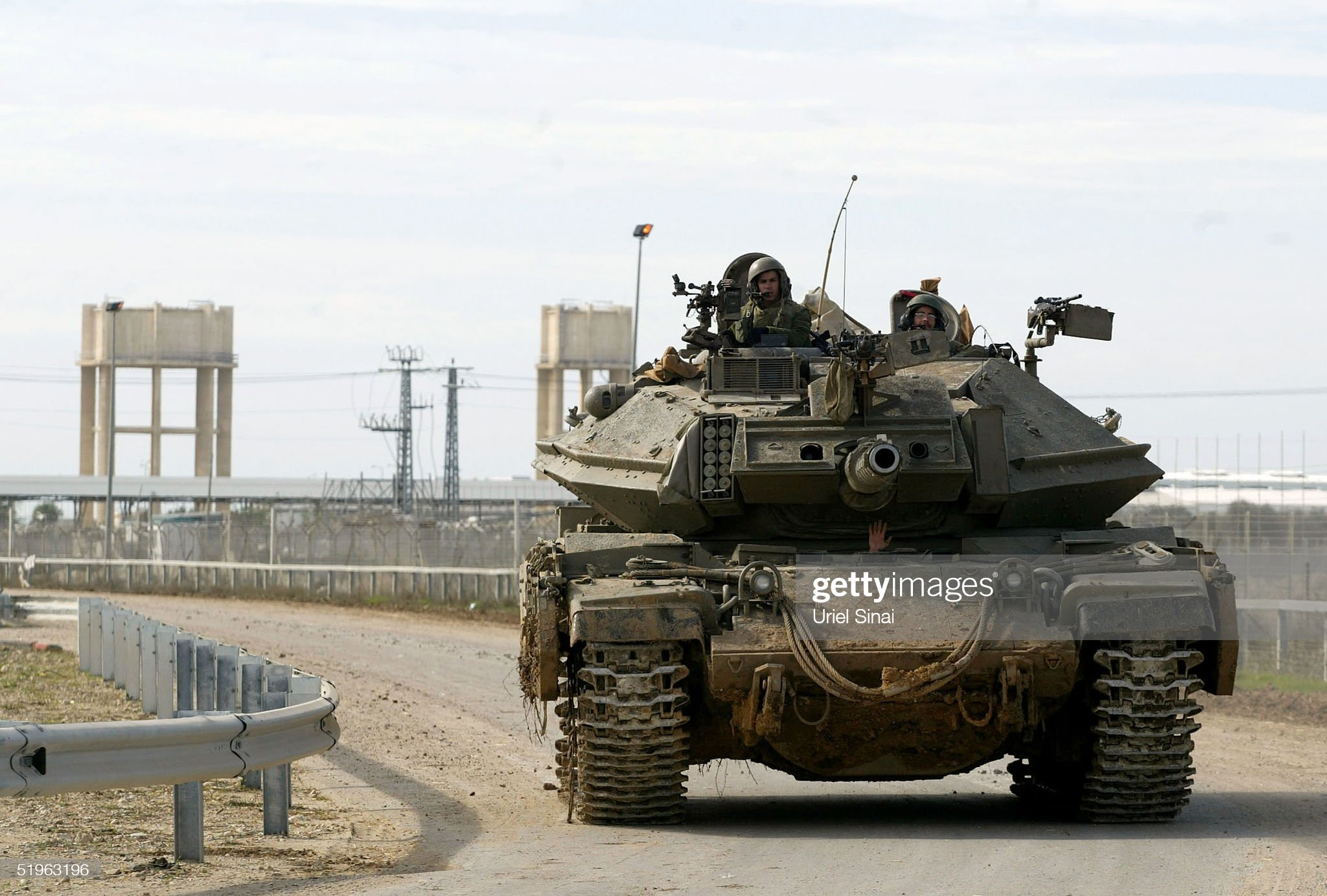 https://media.gettyimages.com/photos/an-israeli-tank-positions-itself-near-the-area-of-a-suicide-attack-picture-id51963196?s=2048x2048