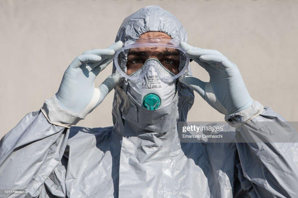 Italy Sees Drop In Coronavirus Cases After Weeks Of Lockdown : News Photo