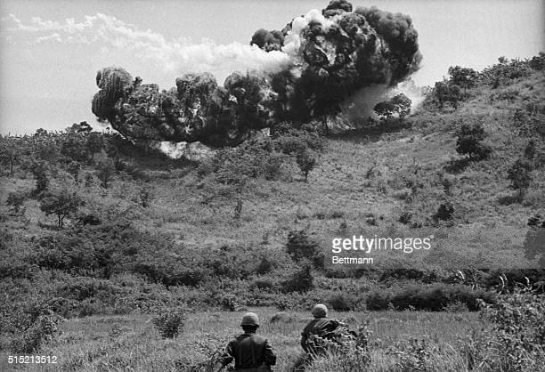 9/15/1965 An Ke South Vietnam Soldiers of the 101st Airborne Division move through valley northwest of Qui Nhon after a napalm bomb dropped by...