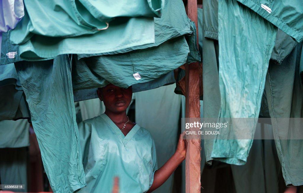 SLEONE-HEALTH-EBOLA-WEST-AFRICA : News Photo