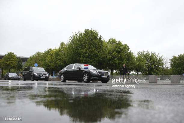 An official car carrying Dutch Prime Minister Mark Rutte is seen before his meeting with German Chancellor Angela Merkel on May 16, 2019 in Berlin,...