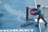 hobart australia an official dries court