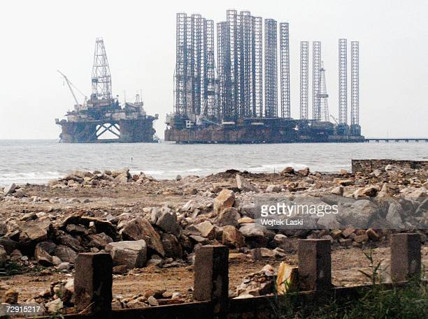 An oil rig in the Caspian sea is under construction, October 26, 2006 in Baku, Azerbaijan. Oil-rich Azerbaijan gained independence from the Soviet...