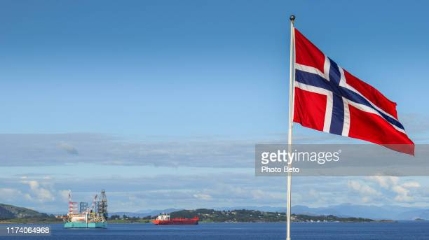 norway - stavanger - oil - platform - norwegian flag - no people - norwegian flag stock pictures, royalty-free photos & images