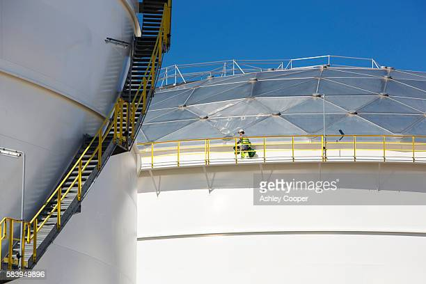 an oil terminal in amsterdam, netherlands. - noord holland stockfoto's en -beelden