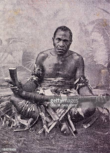 An old cannibal from the Solomon Islands photo from the Journal des voyages magazine 1909 Melanesia 20th century