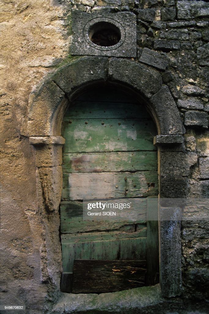 An old door of Cucuron village in the regional natural park of Luberon Provence & Old Door Of Cucuron In The Regional Natural Park Of Luberon ...