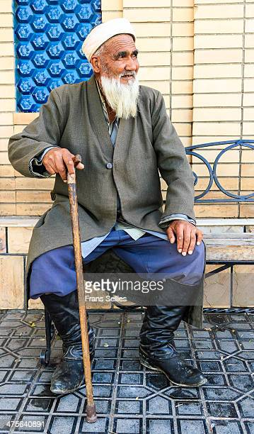 An old man in Samarkand still wearing traditional clothes.