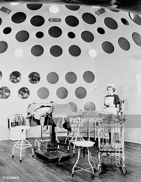An operating theater with the external appearance of an igloo with portholes has been designed in Great Britain Over 100 round windows in the roof...